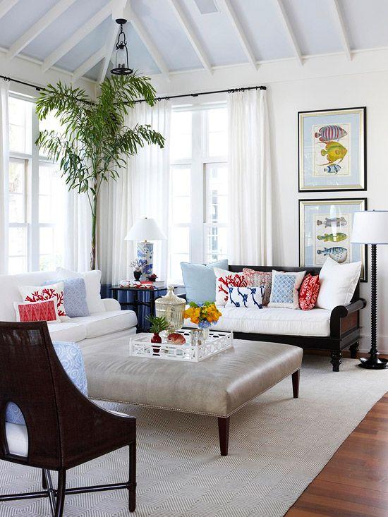 Cores de tintas tabela de cores - Living room curtains with matching pillows ...